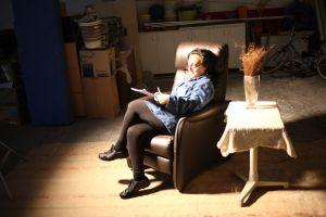 Pepa Mayo, en su papel de script. (Fotografía de Patrici Pérez).