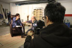Script y ayudante de dirección (Fernando Mourin), bajo la visión de David Garcia. (Fotografía de Patrici Pérez).